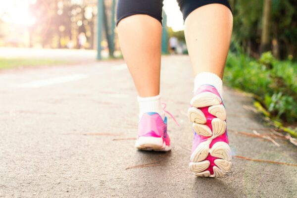 Calories burned walking an hour: how not fool yourself